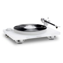 Belt Drive Turntable with Cartridge