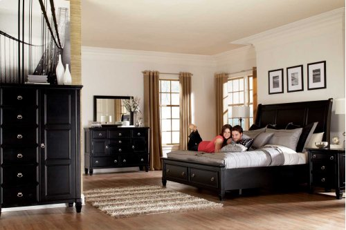 Ashley 4-Piece Queen Sleigh Bedroom Set