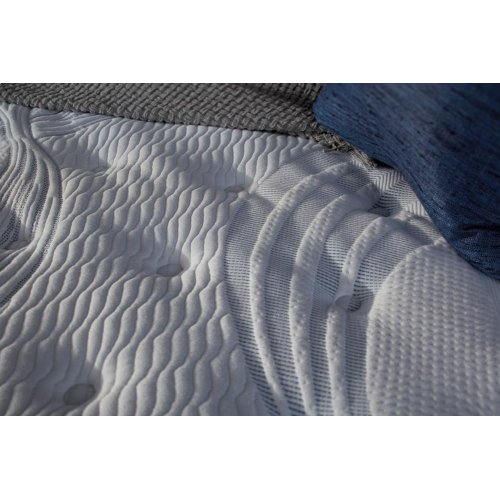Perfect Sleeper - Elite - Delevan - Tight Top - Luxury Firm - Twin XL