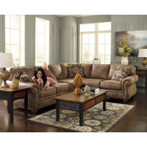 Larkinhurst - Earth 3 Piece Sectional