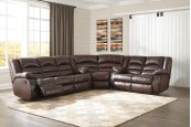 Levelland - Cafe 3 Piece Sectional