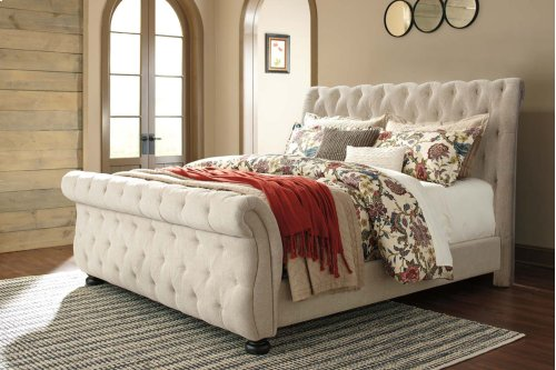 Willenburg - Dark Brown 3 Piece Bed Set (Cal King)