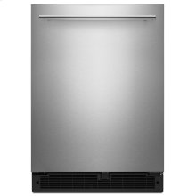 24-inch Wide Undercounter Refrigerator with Towel Bar Handle - 5.1 cu. ft.