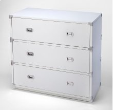 A versatile, functional piece suited for any stage of life, this modern dresser looks right at home in the nursery, child's, teen's or adult's room. Crafted from rubberwood and manufactured wood, it demonstrates a clean-lined silhouette that fits right in