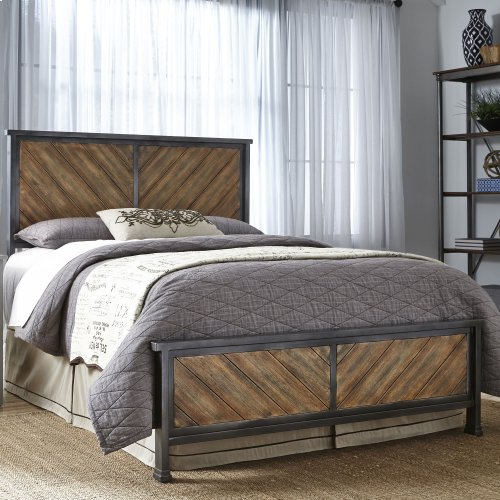 Braden Complete Bed with Metal Panels and Reclaimed Wood Design, Rustic Tobacco Finish, Full