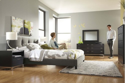 Masterton - Gray 2 Piece Bed Set (Queen)