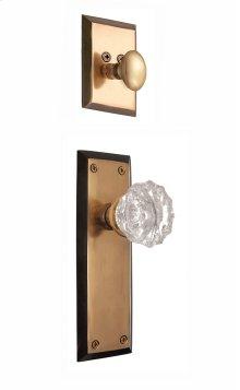 Nostalgic - Handleset Interior Half - New York Plate with Crystal Knob in Antique Brass