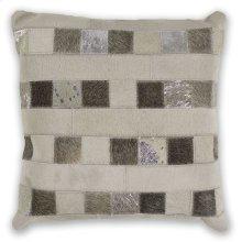 "Pillow L330 Ivory Dimensions 18"" X 18"""