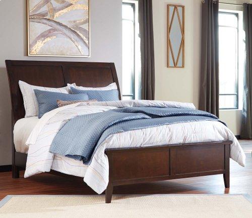 B598  Evanburg - Brown Bedroom Group (Queen or King)