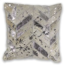 """Pillow L328 Ivory Chevron 18"""" X 18"""""""
