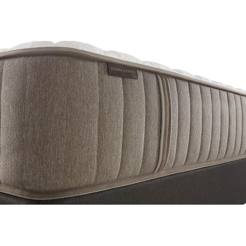 Estate Collection - Bridle - Luxury Plush - King