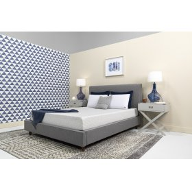 "Conform - Essentials Collection - 8"" Memory Foam - Mattress In A Box - Full"