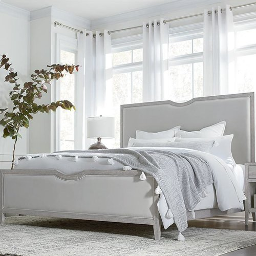 Savoy Cal King Upholstered Bed