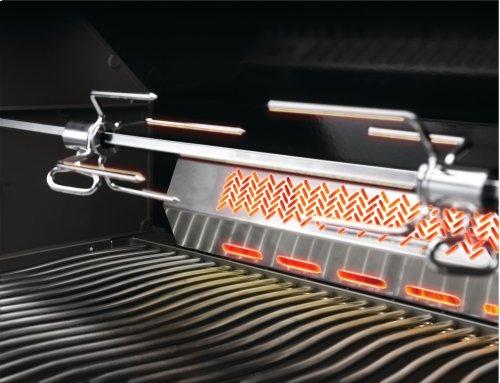 Napoleon Built-in Prestige PRO™ 665 with Infrared Rear Burner.