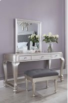 Coralayne - Silver 3 Piece Bedroom Set Product Image