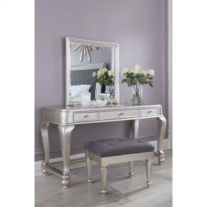 Ashley Furniture Coralayne - Silver 3 Piece Bedroom Set