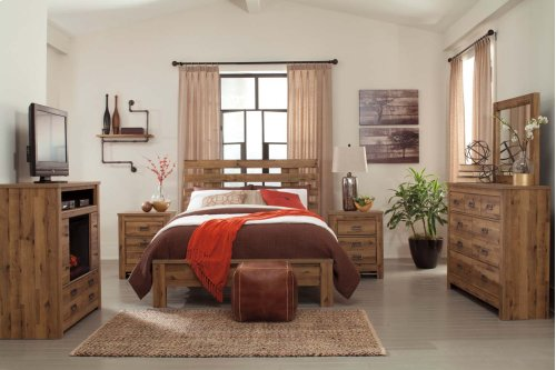 Cinrey - Medium Brown 3 Piece Bed Set (Queen)