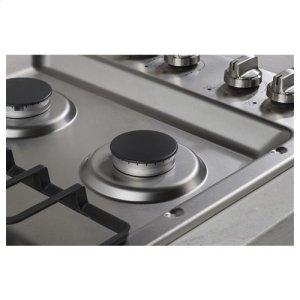 Stainless steel, deep-recessed cooktop