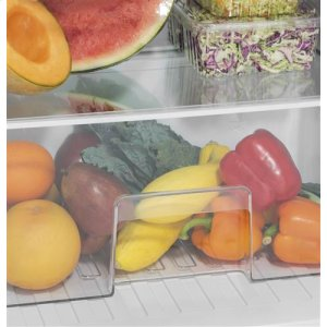 Clear crisper drawer