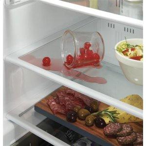 Removable spillproof glass shelves
