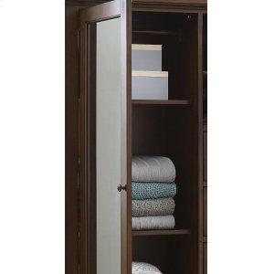 Adjustable/Removable Shelves