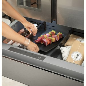 Convertible Drawer with Soft Freeze