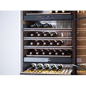 KWT 1603 SF MasterCool Wine Temperature Control Unit for optimum  conditioning, thanks to different zones and Miele TouchControl