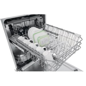 Get remarkably dry dishes with the EvenDry(TM) system