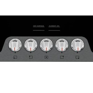 Easy to Use Front Controls