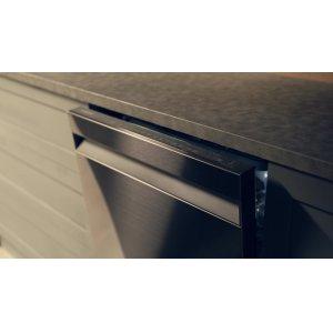 AutoRelease(TM) Door