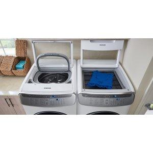 FlexWash(TM) One Machine. Two Washers.