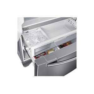 Automatic Filtered Ice Maker in Freezer