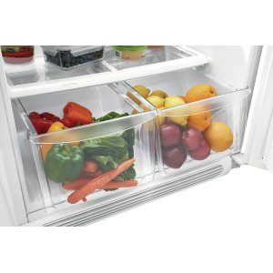 Store-More(R) Humidity-Controlled Crisper Drawers