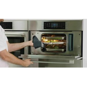 A new, healthier way to cook. The steam convection oven prepares dishes that are moist on the inside and crisp on the outside.