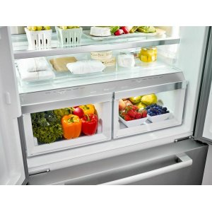 Full width chiller drawer