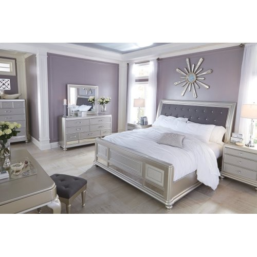 Coralayne - Silver 5 Piece Bedroom Set