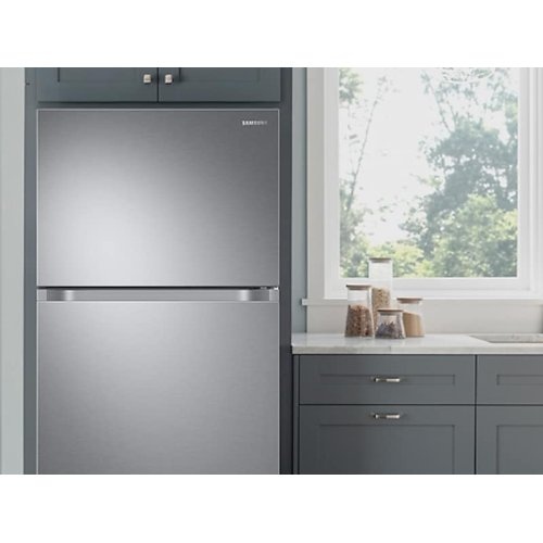 21 cu. ft. Top Freezer Refrigerator with FlexZone and Ice Maker in Stainless Steel