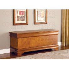 "CEDAR CHEST,OAK 47""Lx17""Wx20""H"