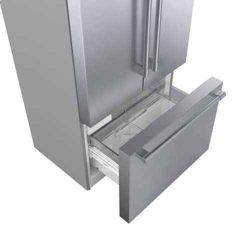 800 Series French Door Bottom Mount Refrigerator Easy clean stainless steel