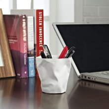 Lava Pencil Holder in White