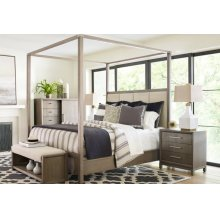 Upholstered Poster Bed, Queen 5/0