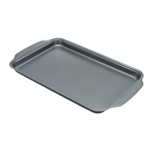 Frigidaire ReadyBakeware 16in Baking Sheet