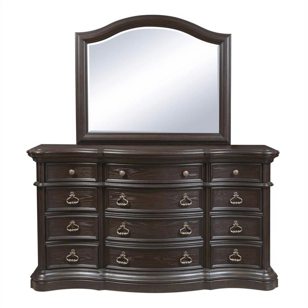 Ravena Dresser