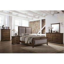 1040 Carlton Queen Bed with Dresser & Mirror
