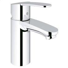 Eurostyle Cosmopolitan Single-Handle Bathroom Faucet S-Size