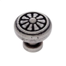 Rustic Nickel 32 mm Scalloped Round Knob