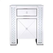 Nighttime is the best way to see the stars that dance about in the night sky, but it doesnt mean you have to say goodbye to them when its time to sleep. This side table is enveloped in gleaming clear beveled mirror panels, but it is the twinkling clear crystals embellished within the side columns […]
