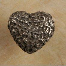 Cottage Lace Heart Knob