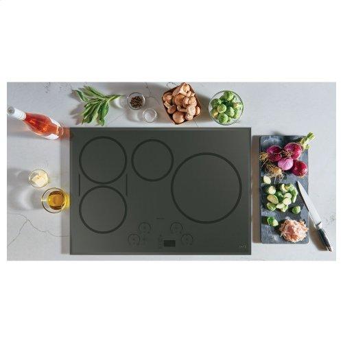 """Café 30"""" Smart Touch-Control Induction Cooktop"""