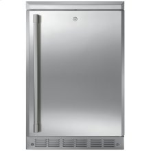 Monogram Outdoor/Indoor Refrigerator - AVAILABLE EARLY 2020